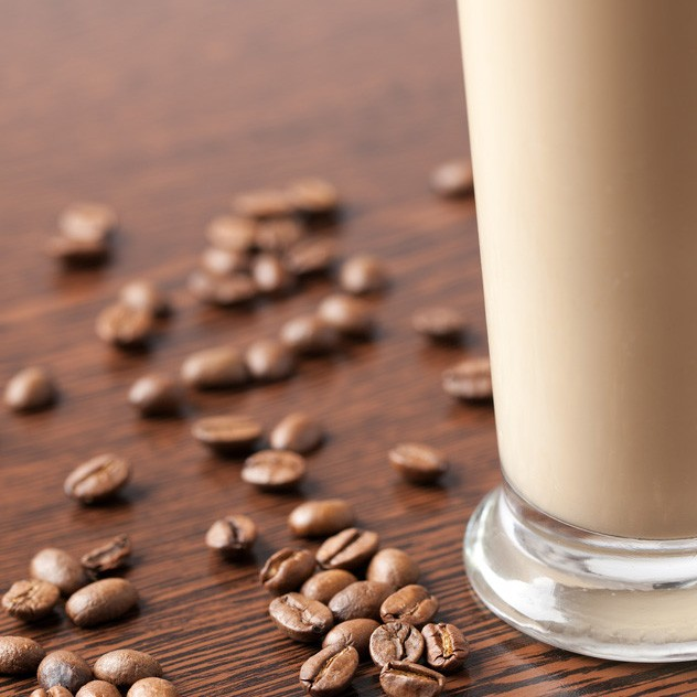 coffee smoothie and coffee beans